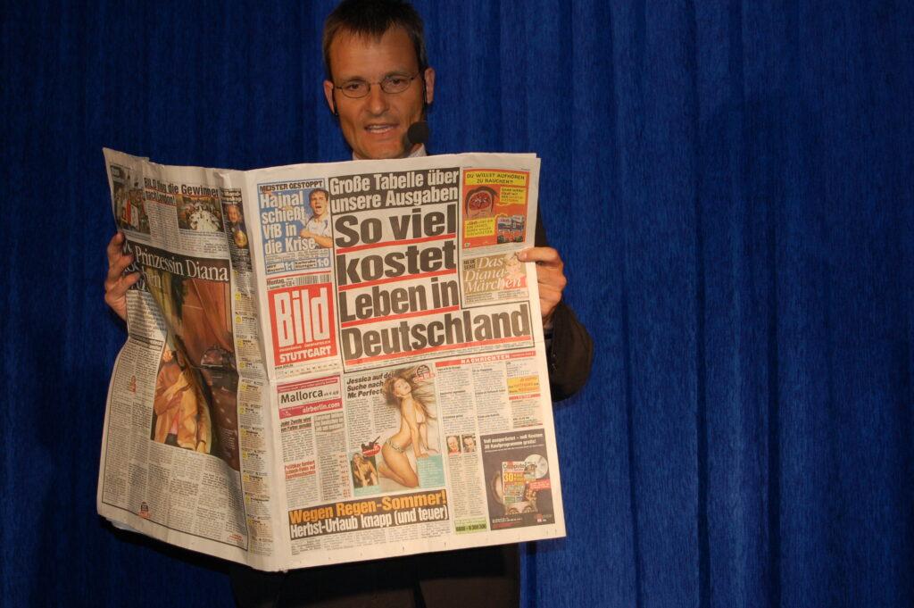 Zeitung_large